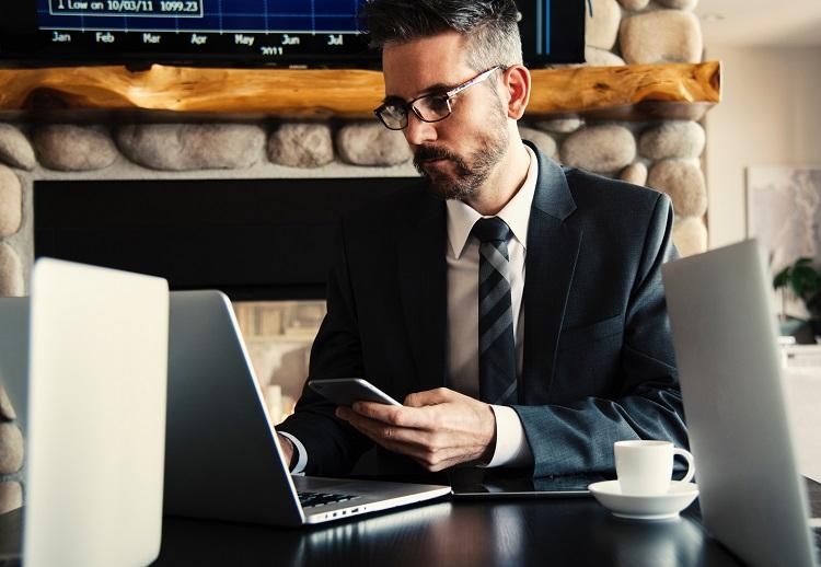 Az online pénzügyi tanácsadás